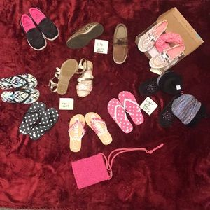 Girls shoes size 13 to 1. 1/2